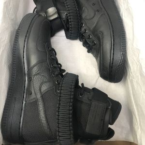 Nike Women's SF AF1 Shoes, 7 US